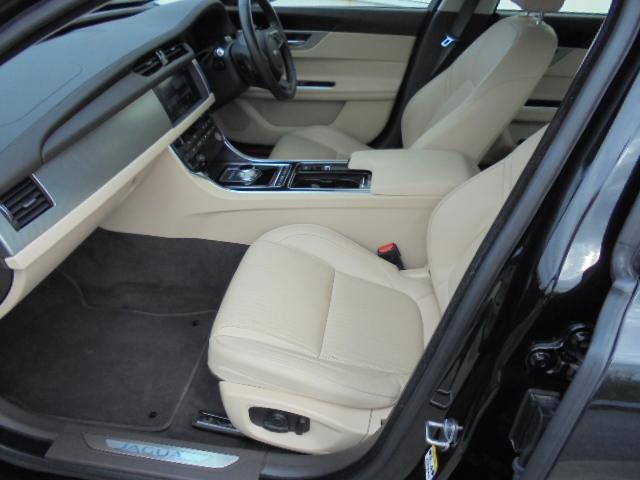 プレステージ ブラックパッケージ仕様車新車保証継承(8枚目)