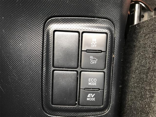 S プッシュスタートスマートキーアイドリングストップ衝突軽減ブレーキ・衝突安全ボディウィンカーミラーナビDVD・USB/AUX入力端子ETC(6枚目)