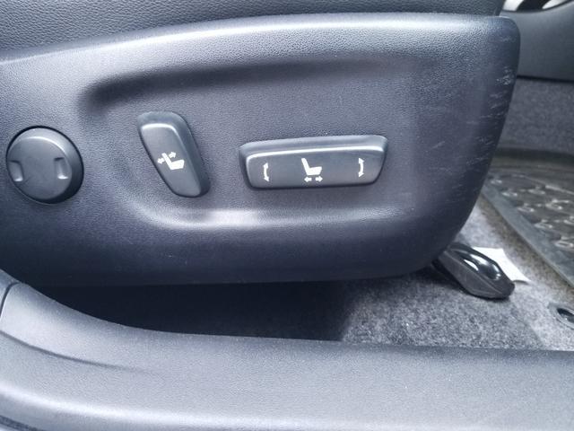 Gツーリングセレクションレザーパッケージ 社外ドライブレコーダー 純正17アルミ バックカメラ Bluetooth ハーフレザー 新品タイヤ 駆動用バッテリー交換済(15枚目)
