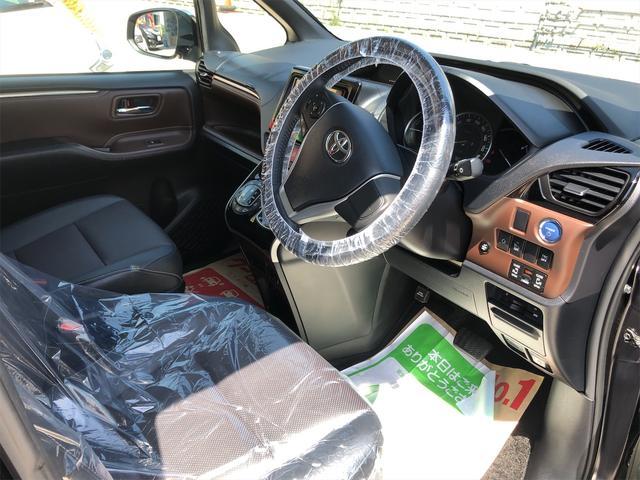 ハイブリッドGi モデリスタエアロ スタイリングパッケージ デイライト付き 両側パワースライドドア 置くだけ充電 シートヒーター・エアコン 革シート ホイール新品 本土仕入・無事故車 24ヵ月保証付き(18枚目)