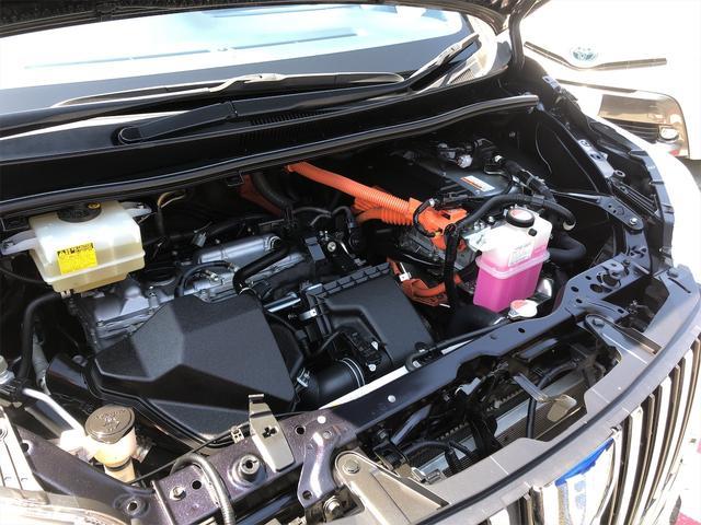 ハイブリッドGi モデリスタエアロ スタイリングパッケージ デイライト付き 両側パワースライドドア 置くだけ充電 シートヒーター・エアコン 革シート ホイール新品 本土仕入・無事故車 24ヵ月保証付き(58枚目)