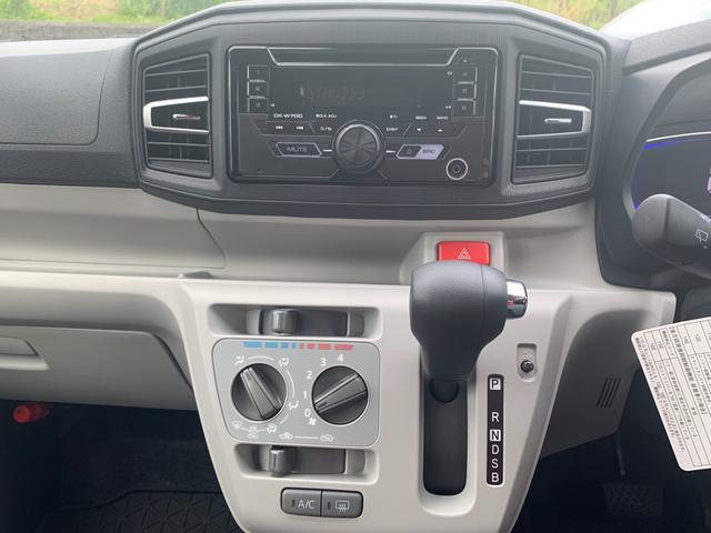 X リミテッドSAIII LEDヘッドライト 衝突被害軽減ブレーキ オートハイビーム コーナーセンサー アイドリングストップ CD AUX(12枚目)