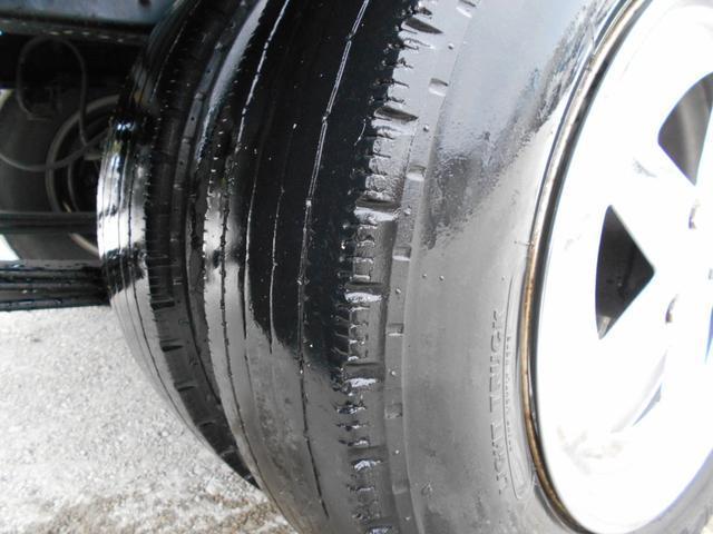 フラットロー 平ボディ 内地中古 シャーシB 5MT メッキパーツ 積載1.5t 車両総重量5t未満 3000cc 軽油(19枚目)