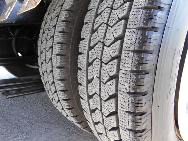 ■リヤタイヤはWタイヤで重い荷物も安心■