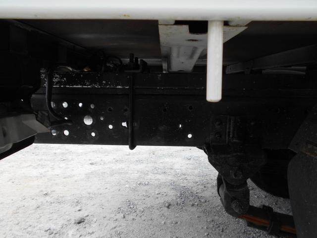 シングルジャストロー 平ボディ 積載2000kg AT 軽油 4900cc(20枚目)