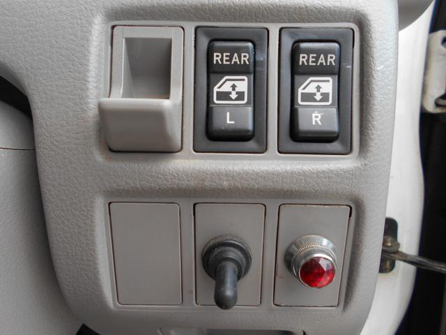 Wキャブロングジャストロー Wキャブ 内地中古 ETC リヤヒーター 3000cc 軽油 最大積載量1100kg 5MT 総重量3.5t未満 新免許運転OK(12枚目)
