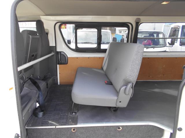 ■リヤシートの状態良好■6人乗り■格納して荷室を広くできます■お問合せお待ちしております■