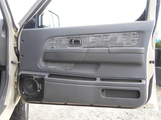キングキャブ AX 2400cc コラムAT ガソリン 内地中古 下廻り錆止め処理 PS PW AC キーレス(16枚目)