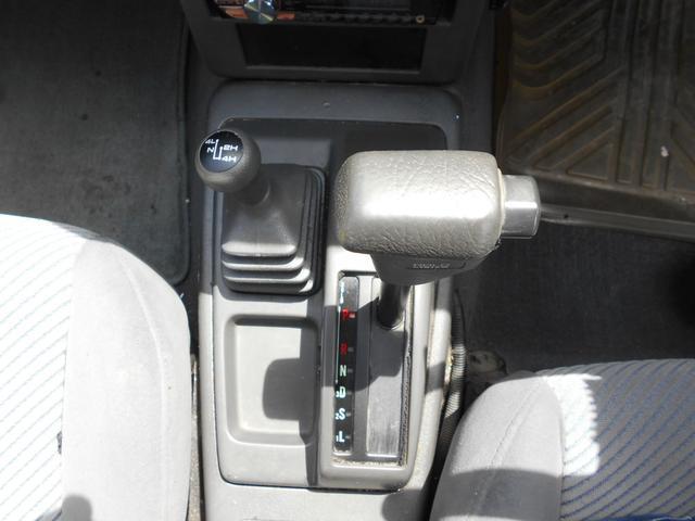 キャブプラス AT 2600cc ガソリン 2ドア 4人乗り ETC 室内クリーニング済み 内地中古 ピックアップトラック(7枚目)