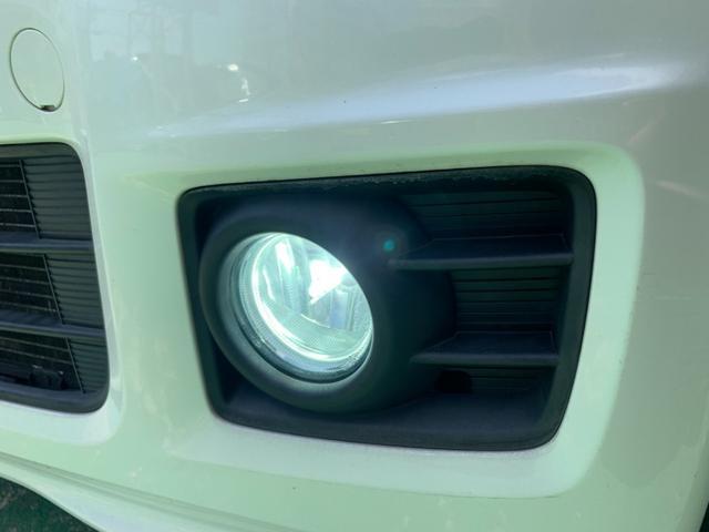 G・Lパッケージ リモコンスターター・スマートキー・プッシュスタート・両側パワースライドドア・ナビ・TV・バックカメラ・Bluetooth・ALPINEフリップダウンモニター・レザー調シートカバー・LEDフォグライト・(10枚目)