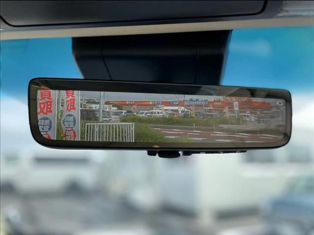 アクセスは沖縄自動車道「豊見城・名嘉地IC」を降りて車で約5分。小禄バイパス(国道331号)沿い「メイクマン豊見城店」様の真向かいにございます。