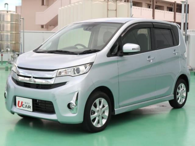沖縄の中古車 三菱 eKカスタム 車両価格 84.8万円 リ済別 平成27年 2.5万km シルバーM