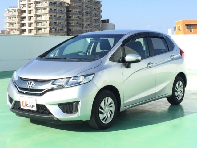 沖縄の中古車 ホンダ フィット 車両価格 79.8万円 リ済別 平成25年 5.8万km シルバー
