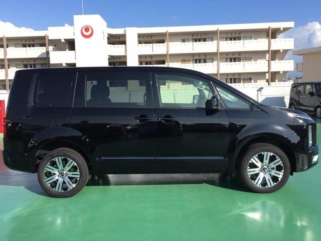 沖縄県の中古車ならデリカD:5 /Gパワーパッケージ・18アルミW・登録済未使用車・新車保証