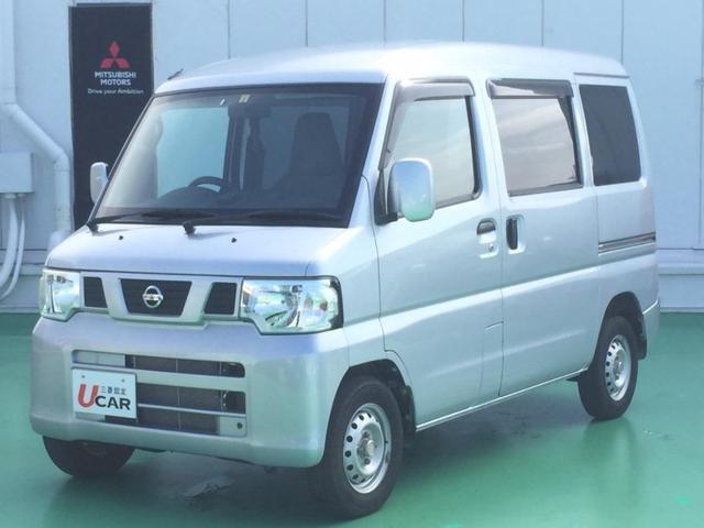 沖縄の中古車 日産 NV100クリッパーバン 車両価格 69.8万円 リ済別 2012(平成24)年 4.2万km シルバー