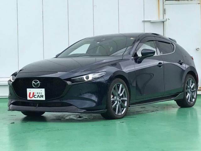 MAZDA3ファストバック(沖縄 中古車) 色:紺 価格:229.8万円 年式:2019(令和1)年 走行距離:0.3万km