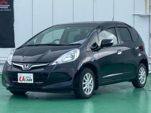 沖縄の中古車 ホンダ フィット 車両価格 39.8万円 リ済別 2012(平成24)年 1.5万km クリスタルブラックパール