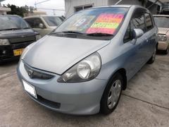 沖縄の中古車 ホンダ フィット 車両価格 13万円 リ済込 平成17年 12.5万K ビビッドブルーパール