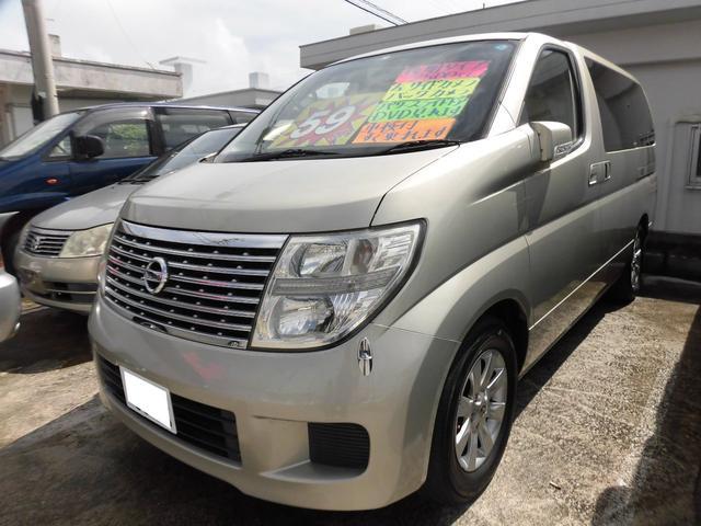 沖縄の中古車 日産 エルグランド 車両価格 49万円 リ済込 2005(平成17)年 8.4万km ウォームシルバーTM