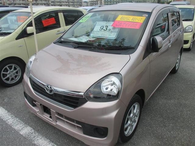 沖縄の中古車 トヨタ ピクシスエポック 車両価格 93.9万円 リ済別 平成27年 0.5万km ピンク