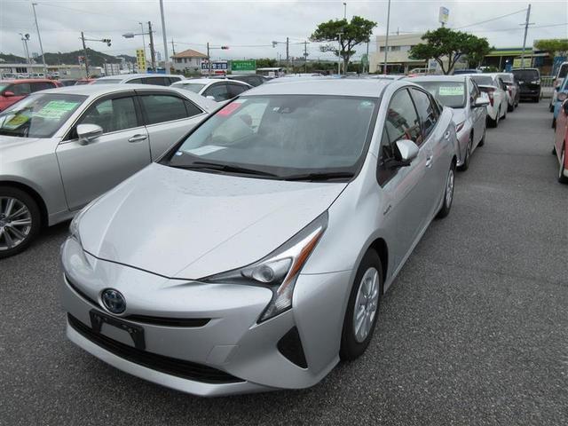 沖縄県豊見城市の中古車ならプリウス S TSS トヨタセーフティセンス ナビゲーションシステム・バックガイドモニター