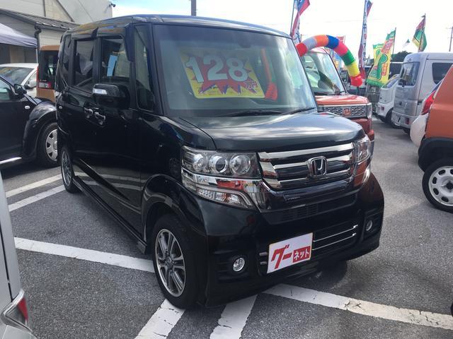 沖縄の中古車 ホンダ N BOXカスタム 車両価格 115万円 リ済込 平成27年 5.0万km ブラックM