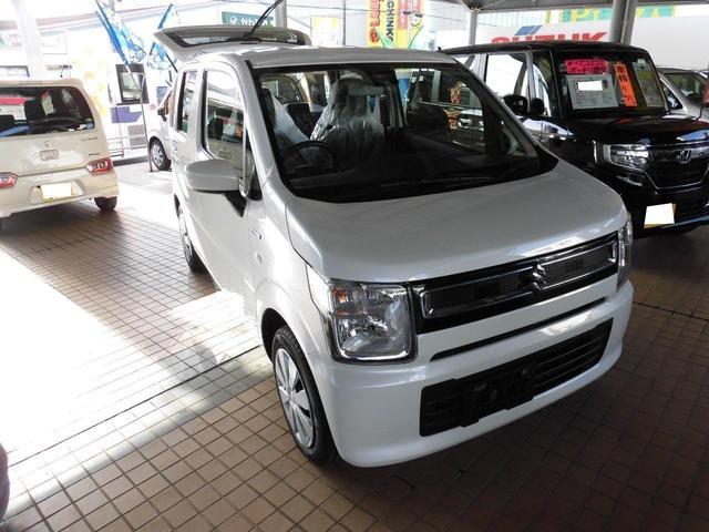 沖縄の中古車 スズキ ワゴンR 車両価格 125万円 リ済込 2019(令和1)年 4km パールホワイト