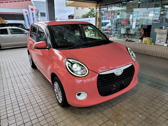 沖縄の中古車 ダイハツ ブーン 車両価格 140万円 リ済込 2018(平成30)年 0.2万km ピンクM