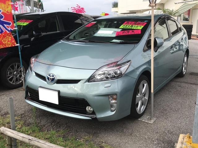 沖縄の中古車 トヨタ プリウス 車両価格 145.8万円 リ済別 2013(平成25)年 3.6万km LグリーンM