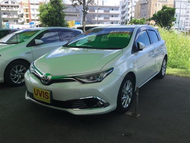 沖縄の中古車 トヨタ オーリス 車両価格 205.2万円 リ済別 2017(平成29)年 1.7万km パールマイカ