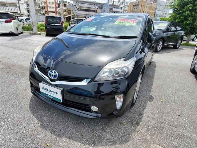 沖縄の中古車 トヨタ プリウス 車両価格 135万円 リ済別 2012(平成24)年 5.6万km ブラック