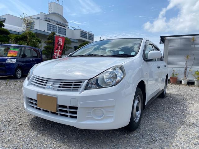 沖縄の中古車 三菱 ランサーカーゴ 車両価格 52万円 リ済込 2015(平成27)年 7.3万km ホワイト