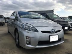 沖縄の中古車 トヨタ プリウス 車両価格 110万円 リ済込 平成22年 8.3万K シルバー