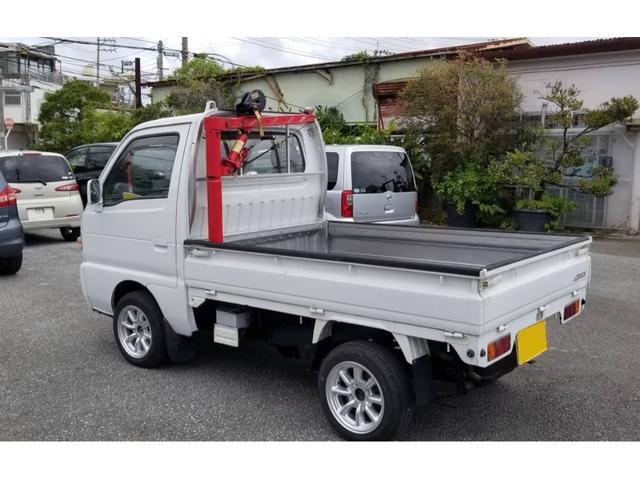 沖縄県の中古車ならキャリイトラック 4WD マニュアル車 オールペン済 AC付 クレーン取付