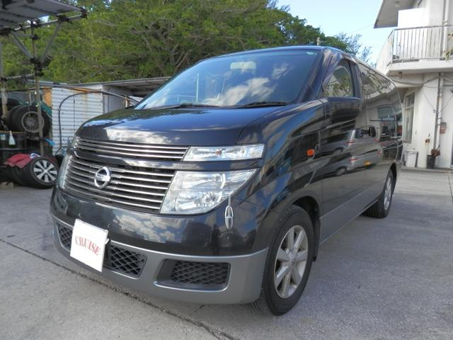 沖縄の中古車 日産 エルグランド 車両価格 25万円 リ済込 平成15年 11.5万km ブラックII
