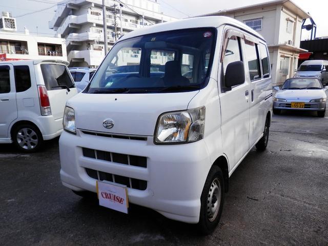 沖縄の中古車 ダイハツ ハイゼットカーゴ 車両価格 20万円 リ済込 2007(平成19)年 13.8万km ホワイト