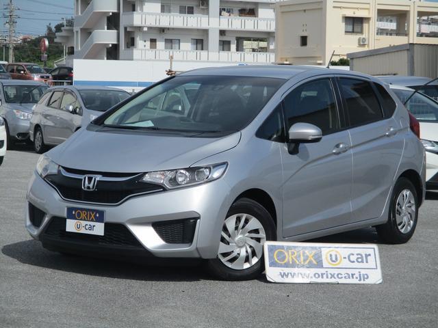 沖縄の中古車 ホンダ フィット 車両価格 90.8万円 リ済別 平成28年 4.9万km アラバスターシルバーM