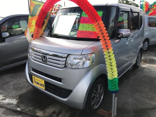 沖縄の中古車 ホンダ N-BOX 車両価格 95万円 リ済込 平成26年 6.1万km シルバー