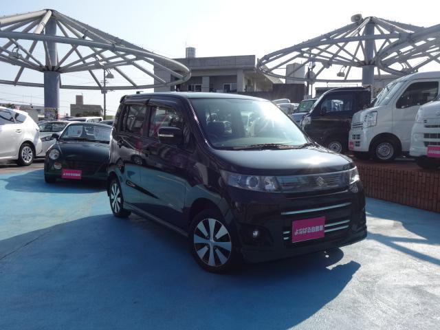 沖縄の中古車 スズキ ワゴンRスティングレー 車両価格 49万円 リ済別 2012(平成24)年 8.6万km ブラック