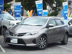 沖縄の中古車 トヨタ オーリス 車両価格 142万円 リ済別 平成24年 2.6万K グレー