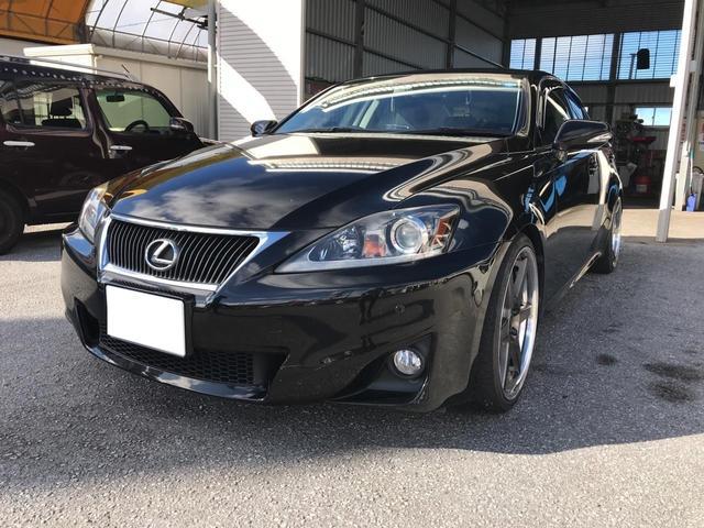 沖縄の中古車 レクサス IS 車両価格 175万円 リ済込 2011(平成23)年 10.8万km ブラックM