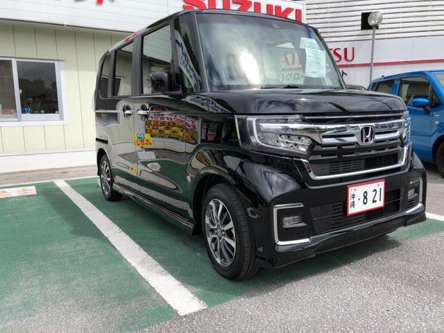 沖縄の中古車 ホンダ N-BOXカスタム 車両価格 185万円 リ済込 2021(令和3)年 4km ブラック