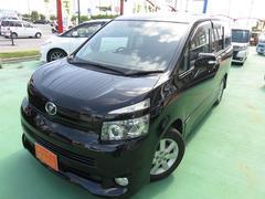 沖縄の中古車 トヨタ ヴォクシー 車両価格 75万円 リ済別 平成19年 9.7万K ブラック