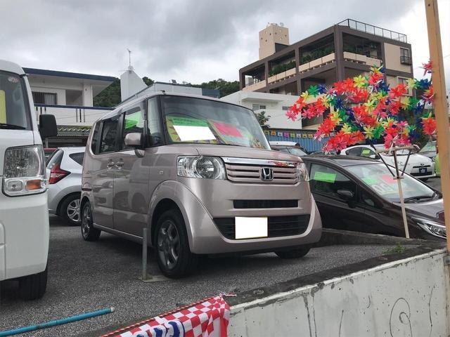 沖縄県の中古車ならN-BOX  オーディオ付 スマートキー パワーウィンドウ CVT