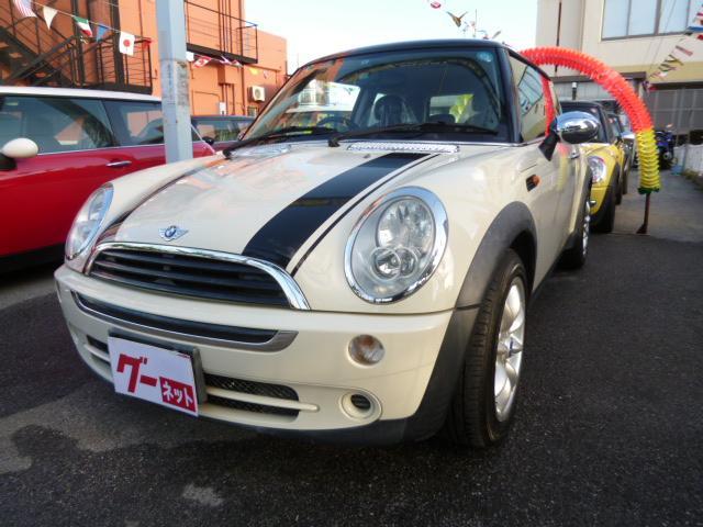 沖縄の中古車 MINI MINI 車両価格 48万円 リ済込 2005(平成17)年 8.8万km ホワイト
