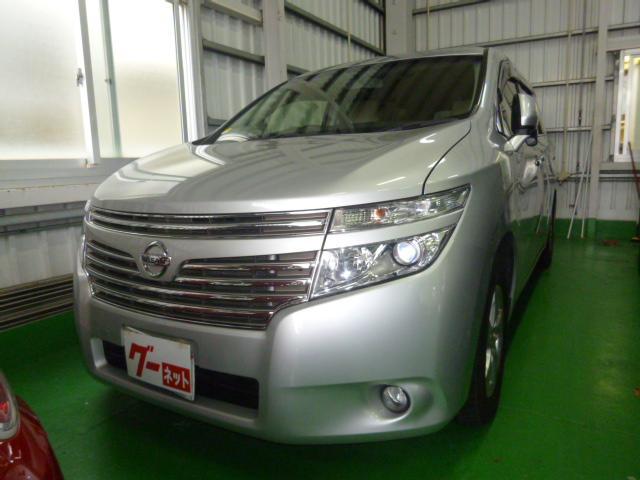 沖縄の中古車 日産 エルグランド 車両価格 89万円 リ済込 2013(平成25)年 13.7万km シルバー