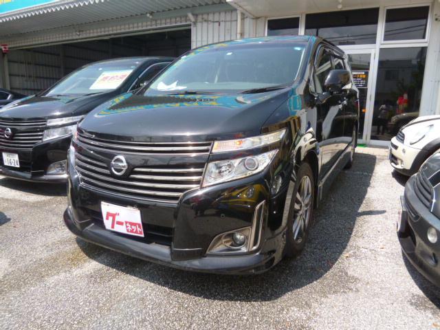 沖縄の中古車 日産 エルグランド 車両価格 108万円 リ済込 2013(平成25)年 14.5万km ブラック