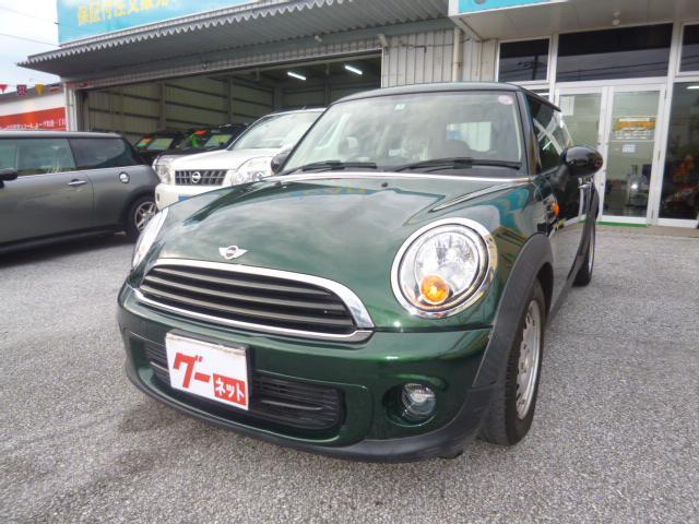 沖縄の中古車 MINI MINI 車両価格 89万円 リ済込 2013(平成25)年 9.0万km グリーン