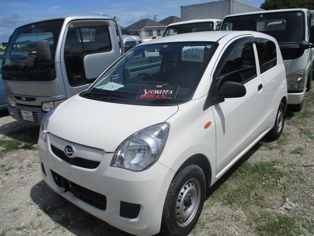 沖縄の中古車 ダイハツ ミラ 車両価格 24万円 リ済別 2014(平成26)年 9.7万km ホワイト