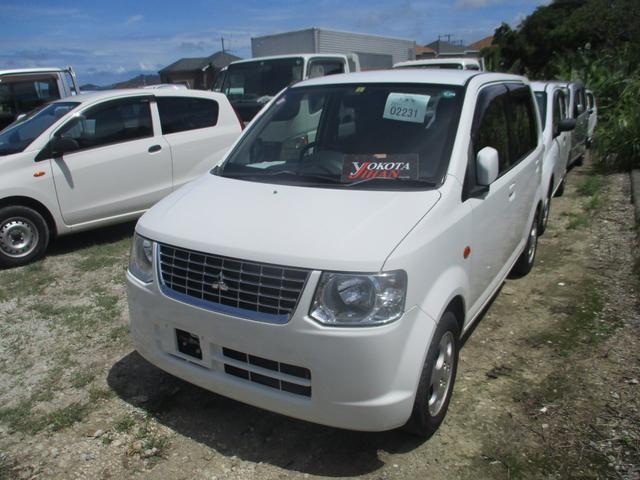 沖縄の中古車 三菱 eKワゴン 車両価格 24万円 リ済別 2013(平成25)年 10.6万km ホワイト